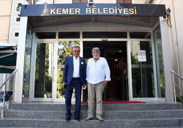 Bulgaristan Eski Kültür Bakanı Raşidof, Kemer Belediyesi'ne ziyaret etti