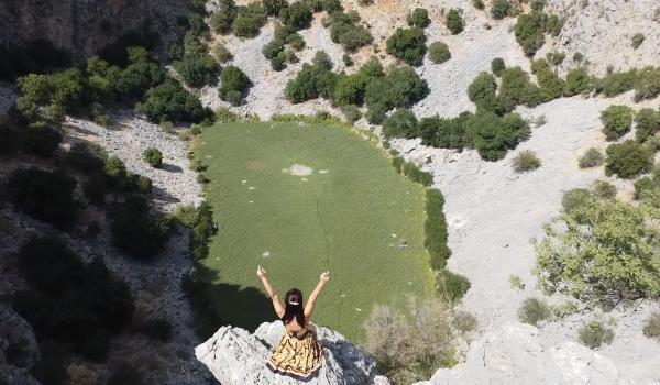 Doğa gezisinde sulu obruğun kuruduğunu tespit ettiler