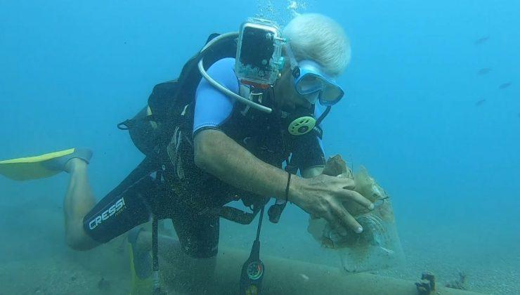 Dünyaca ünlü Konyaaltı Sahili'nde deniz dibinden 10 dakikada çıkan çöpler şaşırttı