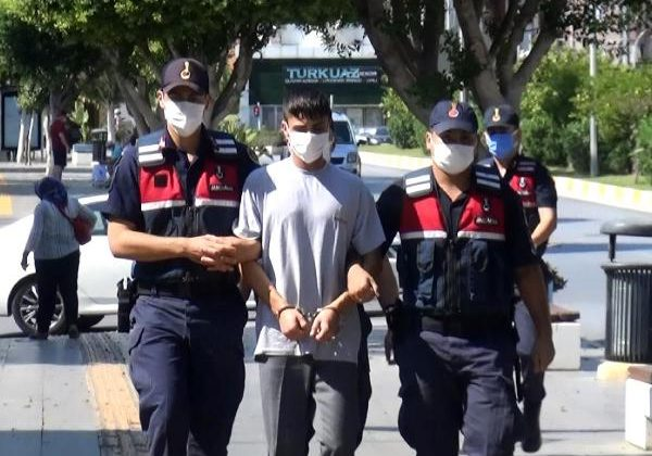 Güvenlik görevlisini boğazından yaralayan otel çalışanı tutuklandı