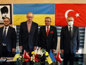 Kemer Belediyesi Truskavets Belediyesi ile kardeş oldu