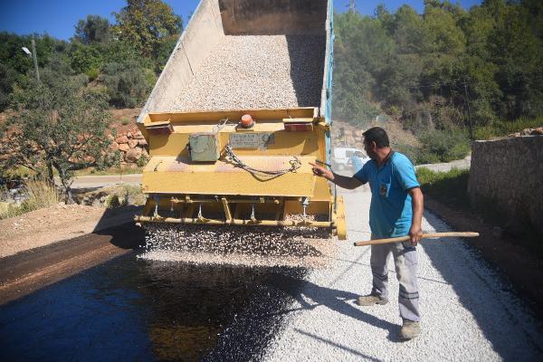 Kızılcaşehir ve Çamlıca Yaylası'nda asfalt çalışması
