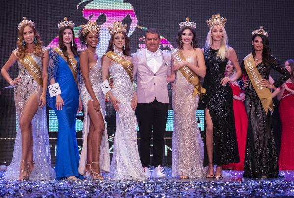 Miss Aura International Güzellik Yarışması'nda kraliçe tacını Filipinli güzel taktı