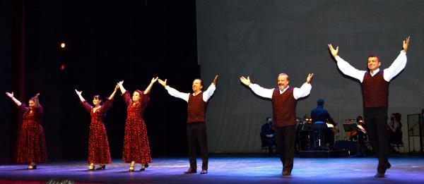 Opera, 'Memleketim' ile perde dedi