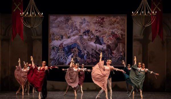'Romeo ve Juliet' Antalya DOB sahnesinde
