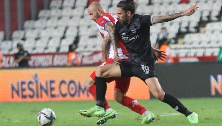 Süper Lig: FT Antalyaspor: 1 – Adana Demirspor: 2 (Maç sonucu)