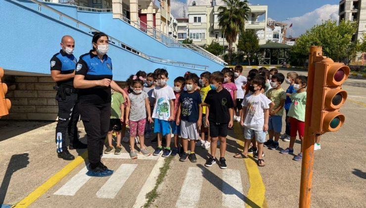 Toplum Destekli Polisler, anaokulu öğrencilerine eğitim verdi