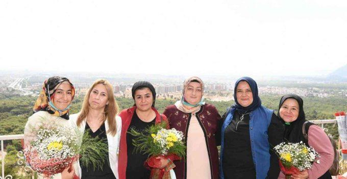 Vali Yazıcı, kadın çiftçilerle bir araya geldi